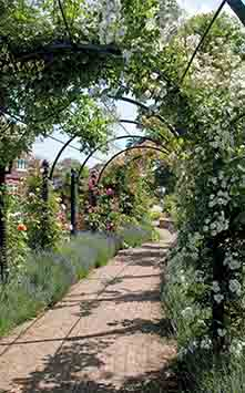 Rose Arbour - Classic Garden Elements UK