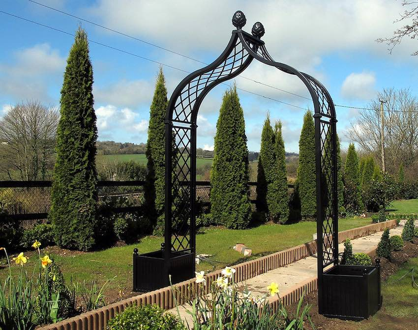 Freestanding Portofino Garden Arch with two Versailles Planters