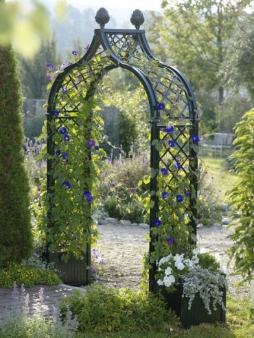 Freestanding Brighton Garden Arch With Two Versailles Planters