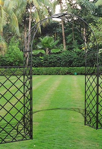 Metall Rosenbogen Bagatelle mit hohem Zaun