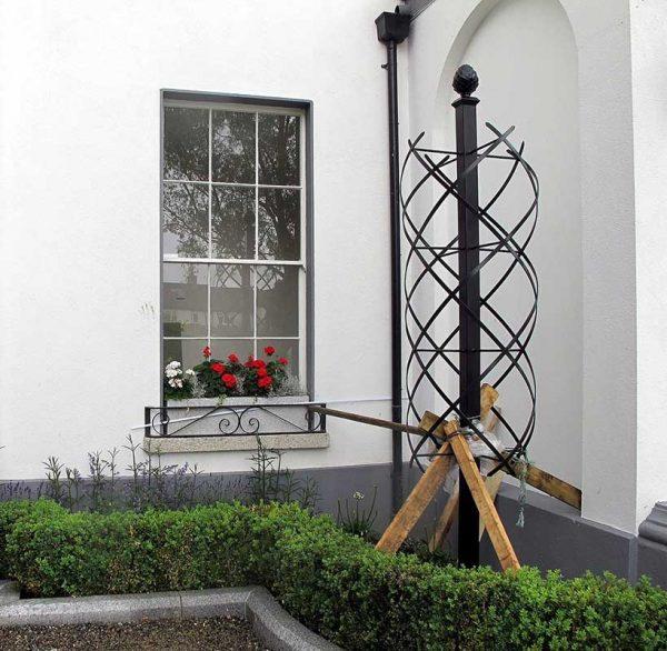 Installing the Charleston Rose Obelisk 3