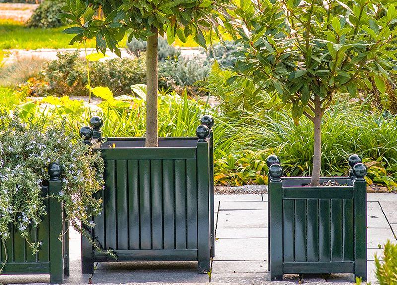 Metal Garden Planters - Caisse de Versailles Planters - Metal Trellis Planters