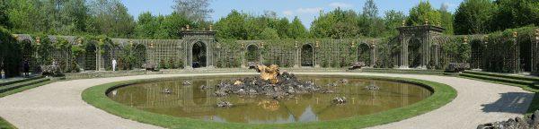 Versailles Treillage LOUIS IV - The original at the Bosquet de l'Encelade, Versailles