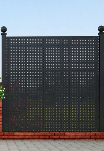 Gropius Iron Railing Privacy Screen