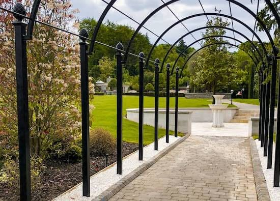 Metal-Pergola-Systems-Rose-Tunnel-Walkways-Wedding-Arches-Metal-Arbours-1