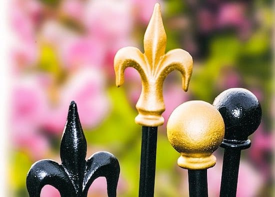 Metal-Plant-Rose-Supports-Lawn-Edgings-Garden-Stakes-1
